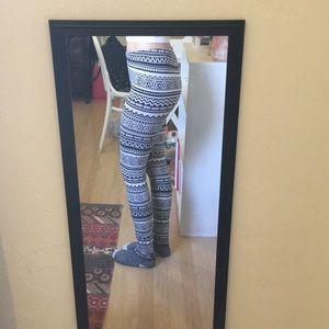 Forever 21 Pants - 🌼3/$10 Forever 21 Tribal Print Leggings